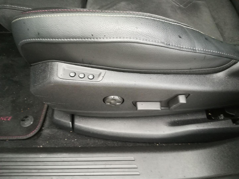 DS DS 7 CROSSBACK BLUEHDI 180CH PERFORMANCE LINE + AUTOMATIQUE 128G