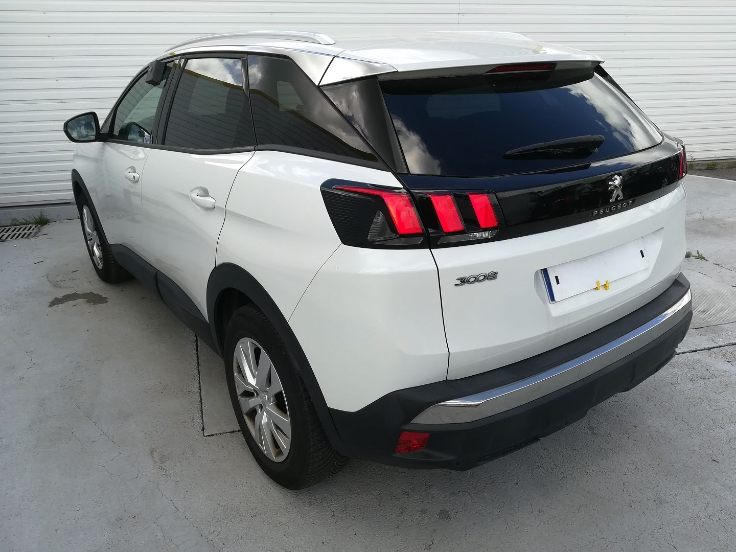 PEUGEOT 3008 1.6 BLUEHDI 120CH ACTIVE BUSINESS S&S BASSE CONSOMMATION