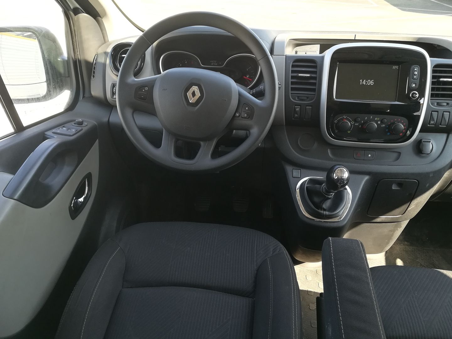 RENAULT TRAFIC III FG L1H1 1000 1.6 DCI 120CH CABINE APPROFONDIE CONFORT EURO6