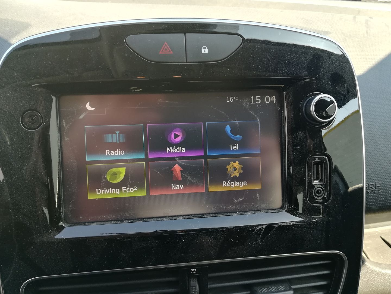 RENAULT CLIO IV STE 1.5 DCI 75CH ENERGY AIR MEDIANAV