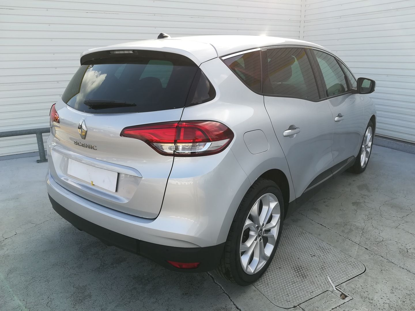 RENAULT SCENIC IV 1.7 BLUE DCI 120CH BUSINESS