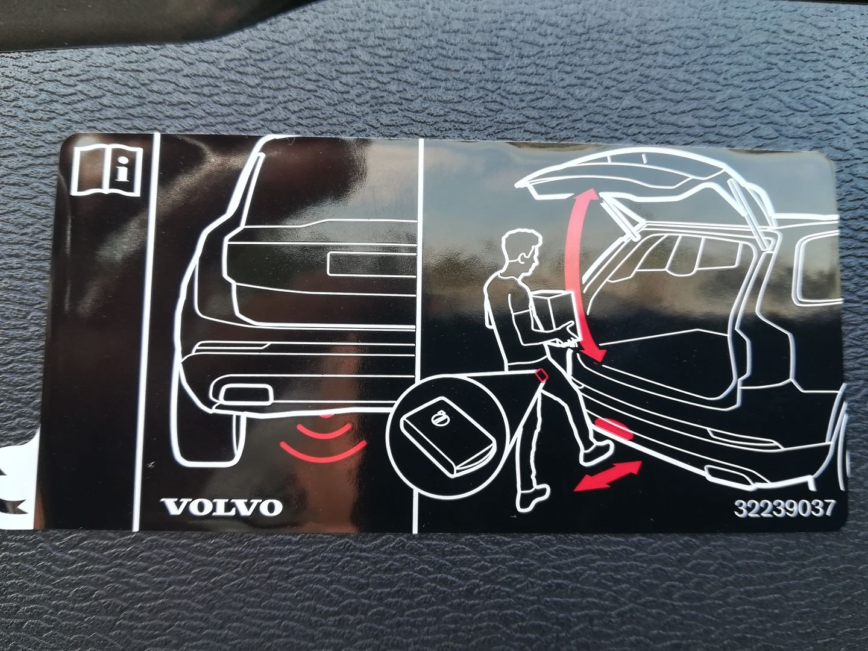 VOLVO V60   2.0 B4 P R-DESIGNE AUTO MILD HYBRID AUTOMATIQUE